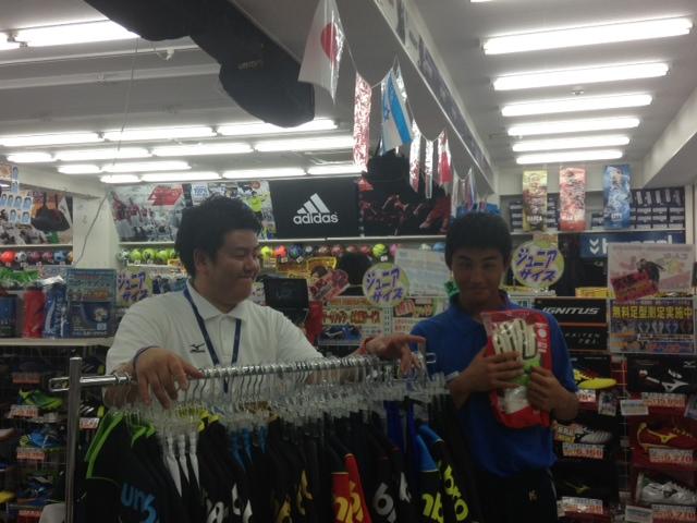 【サッカー】インターハイ出場選手がご来店!: パシオン横浜の ...
